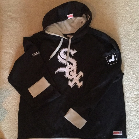 new style 0f78d a5904 Chicago White Sox Hoodie EUC! ⚾️